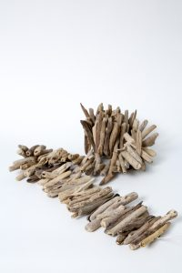 web-NBM_39_Home_Driftwood-Garland2_By-Jody-Tiongco-1