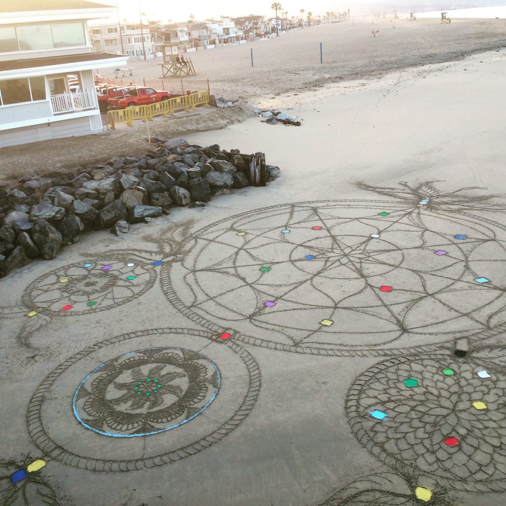 Low-Tide-Aliens-Mandala
