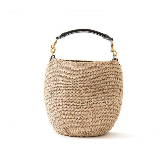Seek out the POT DE MIEL woven bag in cream
