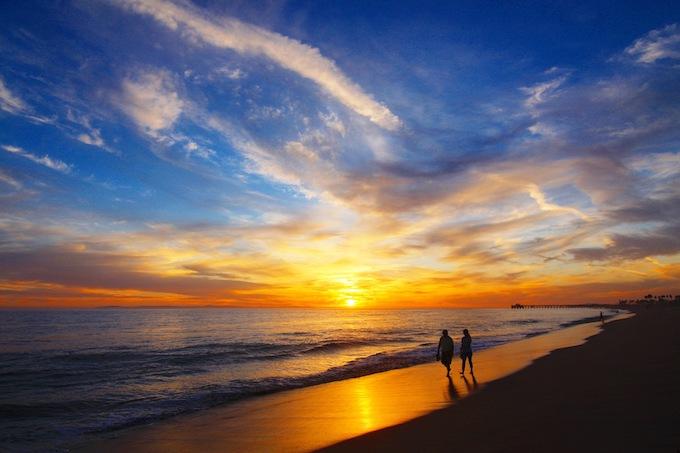 sunset-credit Marla Yeomans/Shutterstock.com