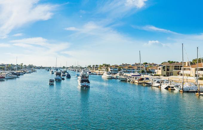Newport Harbor_credit Gabriele Maltinti/Shutterstock.com