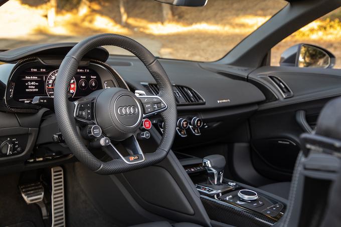 Audi cockpit_courtesy of Audi USA