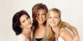 Friends_credit ©2021 Warner Bros. Entertainment Inc. All Rights Reserved
